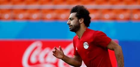 Salah fica no banco na estreia do Egito contra o Uruguai