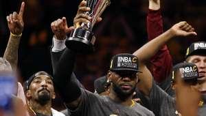 Protagonista da virada histórica, LeBron é MVP das finais