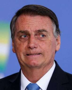 Bolsonaro apresenta projeto similar à 'MP das Fake News'
