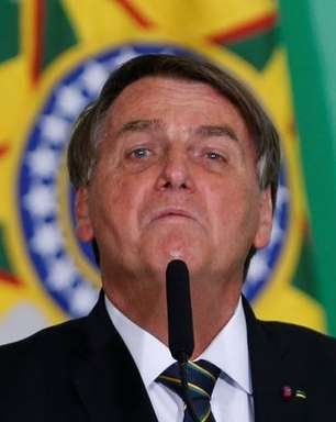 MPE pede multa a Bolsonaro por campanha eleitoral antecipada