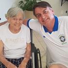 Bolsonaro passa Páscoa com a mãe em hotel que hospedou Lula