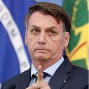 Bolsonaro nega ter pedido demissão de Danilo Gentili do SBT