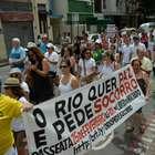 Moradores da zona sul do Rio protestam contra a violência