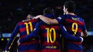 Messi inova em pênalti, trio MSN dá espetáculo e Barça faz 6