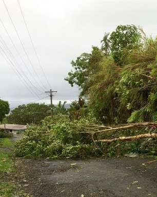 Ciclone Winston deixa rastro de destruição e mortos em Fiji