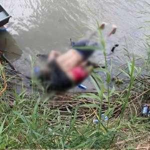 Foto de pai e filha afogados a caminho dos EUA gera comoção