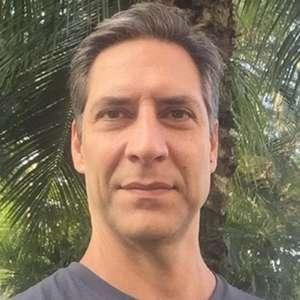 Ex-repórter da Globo reclama de regra da emissora e desabafa