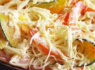 Salada de palmito desfiado