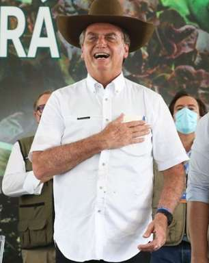 """Bolsonaro diz que """"CPI da mentira"""" não vai derrubar governo"""