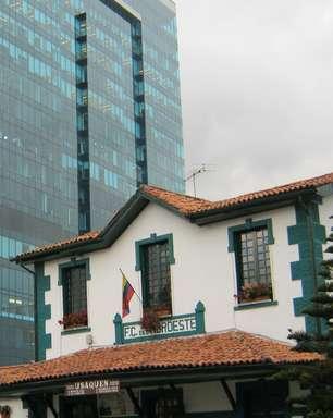 Bairro histórico de Bogotá tem famoso mercado de pulgas