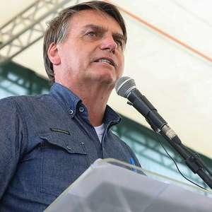 'Ao fecharem o comércio, vem o desemprego', diz Bolsonaro