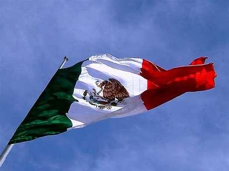 Bandera de México: significado e historia.