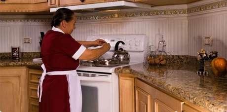 Las empleadas domésticas gozarán de vacaciones pagas, licencia por maternidad e indemnización en caso de despido