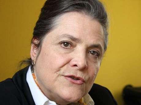 Clara López, representante del Polo Democrático Alternativo, manifestó que su partido político va a consultar a los electores si están de acuerdo con la revocatoria de los congresistas que votaron a favor de la reforma de justicia.