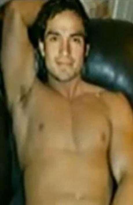 Poncho Herrera desnudo.