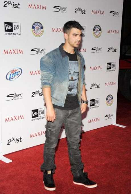 Joe Jonas arrived to the Maxim's Hot 100 Party looking like a total stud at Eden on May 11 in Hollywood, California.Selena Gomez & The Jonas Brothers Live! I  The Jonas Brothers Visit FOX & Friends