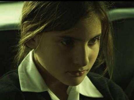 Fátima Buntix como Cayetana en ''Las malas intenciones''.
