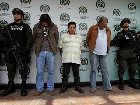 """Los detenidos son Julián Díaz, alias El Caballista, Orlando Rodríguez, 'El Indio' y Argemiro Sierra 'El 'Canoso' """"incluidos en las listas de los más buscados por narcotráfico"""", según la Policía."""