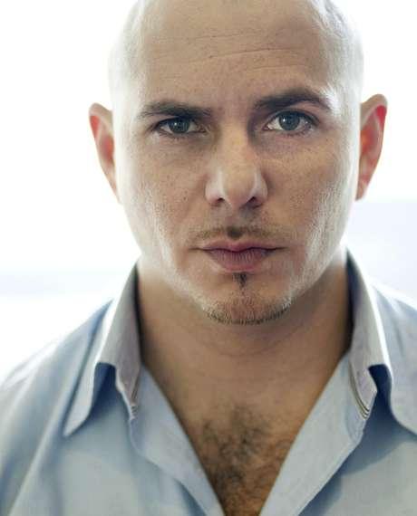 El rapero Pitbull posa para una fotografía en Los Angeles el miércoles 22 de junio de 2011.