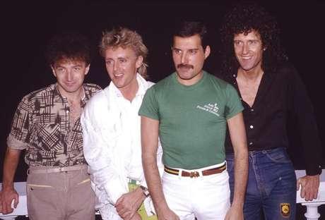 Formación de Queen de 1985, con Freddie Mercury a la cabeza.