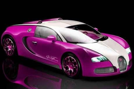 katie price y su bugatti veyron rosa. Black Bedroom Furniture Sets. Home Design Ideas