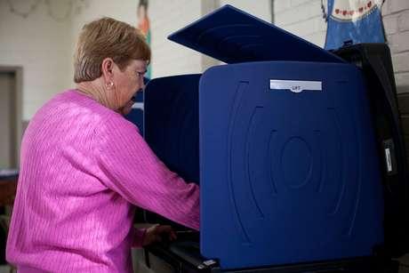 Aunque estés inscrito siempre es recomendable revisar que aparezcas en los registros con al menos cinco semanas de anticipación a la fecha de elecciones.
