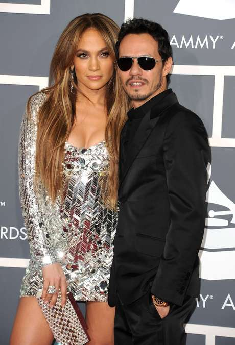 <p>Happy Valentine's Day! Let's take a look at some of music's greatest couples of all time. One-time latin royal couple Jennifer López & Marc Anthony married in 2004 and finished in 2011</p>