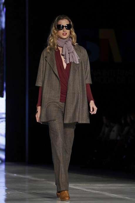 Maria luisa ortiz evoca la feminidad en colores tierra - Chambre syndicale de la haute couture parisienne ...
