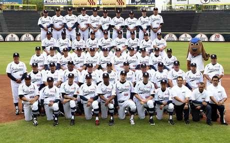 Sultanes abre su serie ante Broncos de Reynosa.