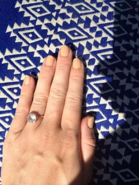 El anillo de Miley Cyrus que comenzó los rumores