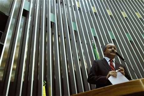<p>Deputado Vicente Cândido foi um dos mentores da emenda da Bancada da Bola que refinancia dívidas sem contrapartidas</p>