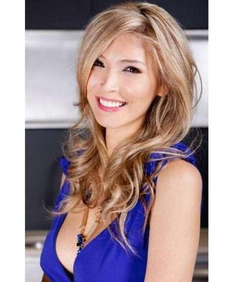 """La organización de la competición dijo en un escueto comunicado que """"permitirá a Jenna Talackova competir en Miss Universo Canadá una vez que pruebe que cumple los requisitos legales de reconocimiento de sexo de Canadá y los estándares establecidos por otras competiciones internacionales""""."""