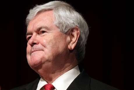 Gingrich había dicho anterirormente que se mantendría en la carrera a pesar de que no tenía posibilidades de ganar la nominación.