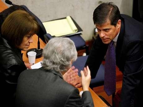Rosende y caso tsunami esta es una formalizaci n a medias for Subsecretario del interior