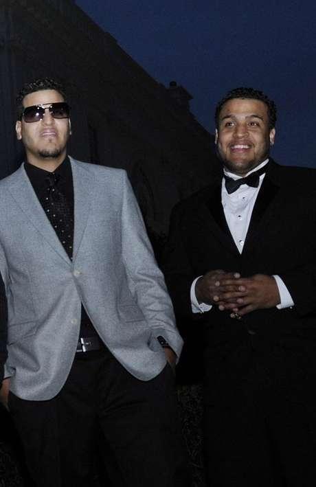 Lenny Santos (derecha) señaló que Aventura no se separa, aún grabarán un disco más.