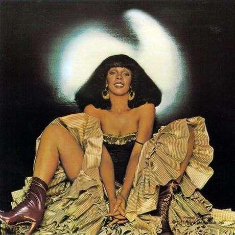 La voz de Donna Summer se apaga dejando un gran legado musical.