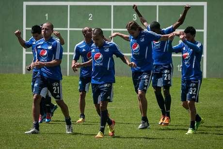 Los directivos del equipo azul y el asesor deportivo, el 'profe' Montoya, definen qué jugadores van a contratar.