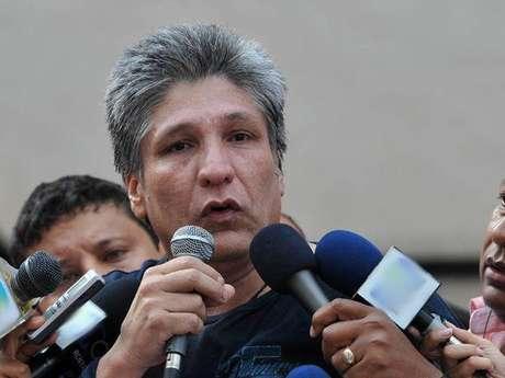 Sigifredo López esta siendo investigado por su presunta participación en el secuestro y muerte de 11 exdiputados del Valle a manos de las Farc.