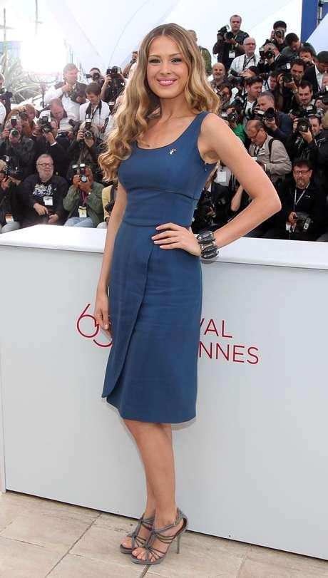 La modelo Petra Nemcova en el remate benéfico Carnaval Haití en el 55to festival internacional de cine de Cannes, el viernes 18 de mayo del 2012.