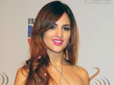 Eiza Gonzalez Confirmed For Telenovela 'Amores Verdaderos'