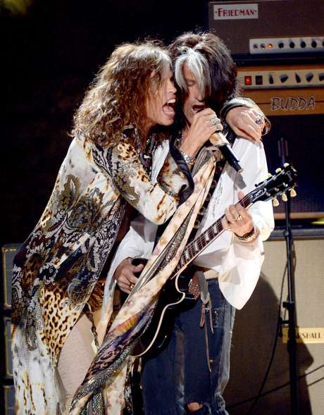 Steven Tyler junto a Joe Perry.