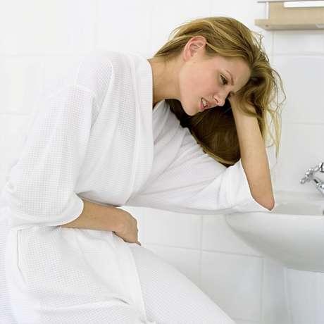 Os sintomas mais comuns de reação alérgica a alimentos são diarreia e cólica