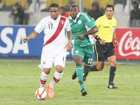 """Partido amistoso Perú-Nigeria supera a """"Al fondo hay sitio"""" en el rating."""
