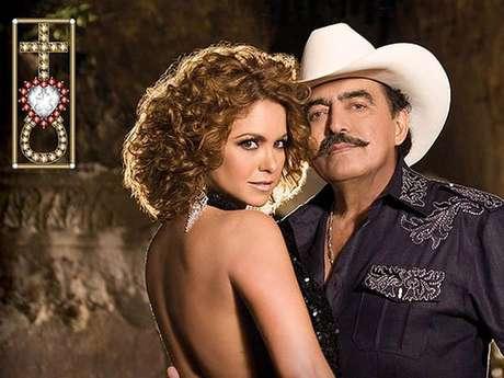 Joan Sebastian y Lucero se dan 'Un LuJo' juntos.