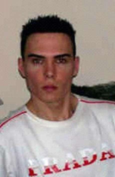 Luka Rocco Magnotta, un actor porno y modelo que grabó en video el asesinato y mutilación y posteriormente colgó las imágenes en internet.