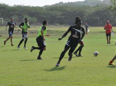 Junior de Barranquilla adelanto su partido ante el Barranquilla FC de la fecha 9 de la Copa Postobón, este sábado a las 3:00 de la tarde en el Estadio Metropolitano Roberto Meléndez.