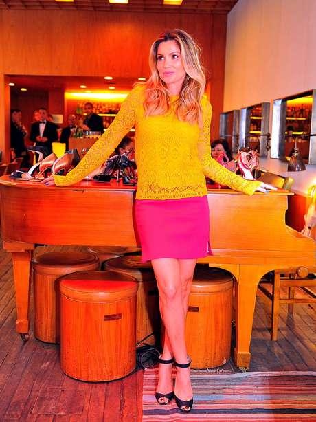 A primeira coleção da Shoes4you assinada por Flávia Alessandra vem com 20 peças. Futuramente a atriz pretende lançar modelos de bolsas também