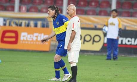 Nunes y Kopriva se volvieron a encontrar en el campo de juego luego de 18 años. Todos recuerdan el puñete que el 'Cenizo' le aplicó al argentino en un clásico de 1994.
