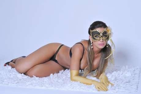 Graciella Carvalho, a Vice Miss Bumbum, é a estrela da campanha de lingerie Malhadona. As fotos do ensaio foram divulgadas nesta quinta-feira (7)