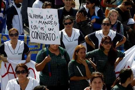 Estudiantes de u del mar marchan en iquique - Agencias para tener estudiantes en casa ...